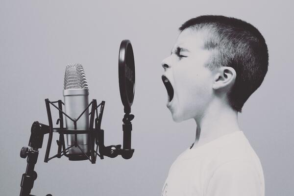 microphone-1209816