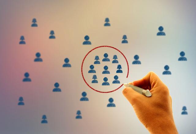 people circle selection